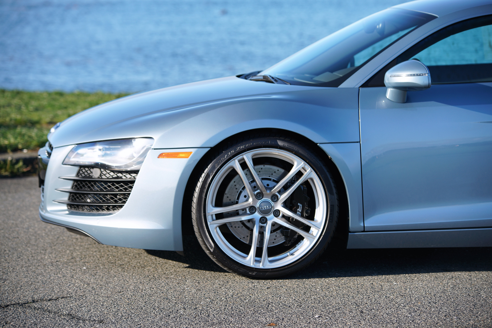 2008 Audi R8 Coupe 6-Speed - Silver Arrow Cars Ltd.