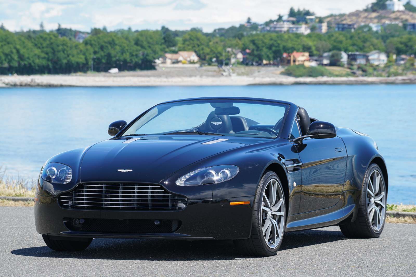 2010 Aston Martin V8 Vantage Roadster for sale