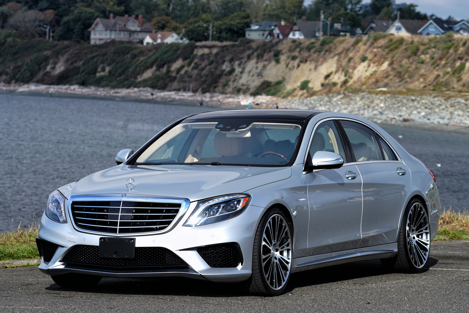 2014 mercedes benz s63 amg for sale silver arrow cars ltd for Mercedes benz silver
