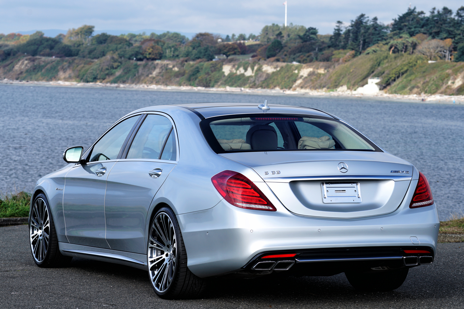 2014 mercedes benz s63 amg for sale silver arrow cars ltd for Benz mercedes for sale