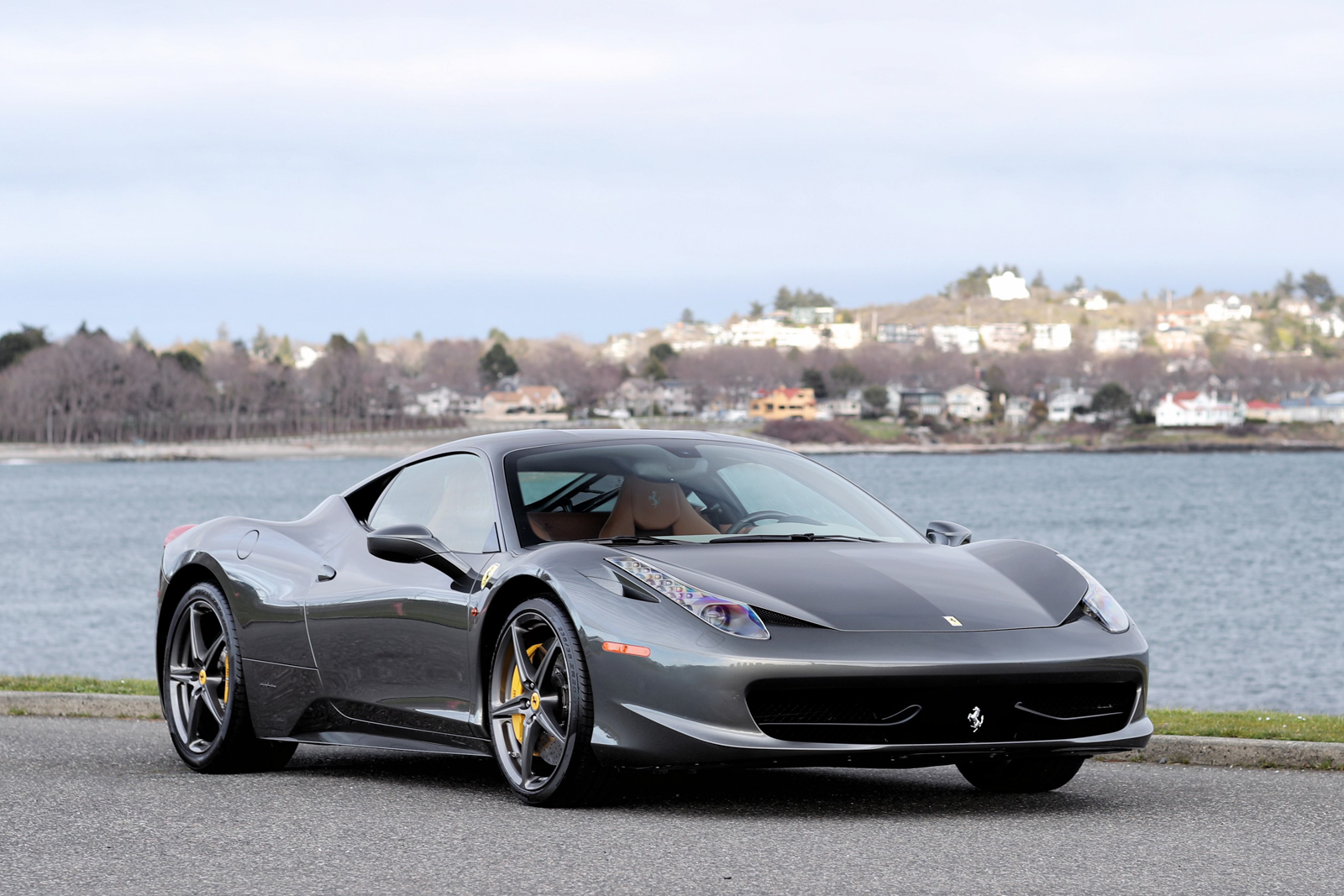 2011 ferrari 458 italia - silver arrow cars ltd.