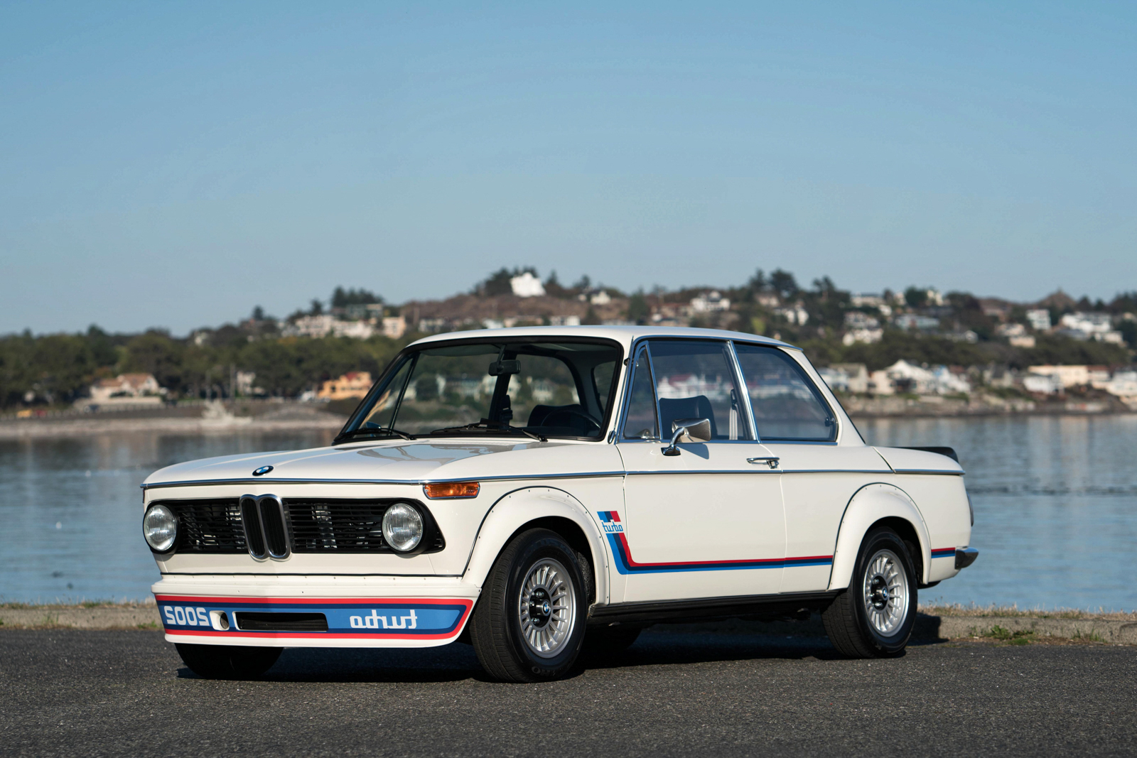 Bmw 2002 turbo cote bmw 2002 turbo schnitzer 1977 for Garage peugeot vallauris