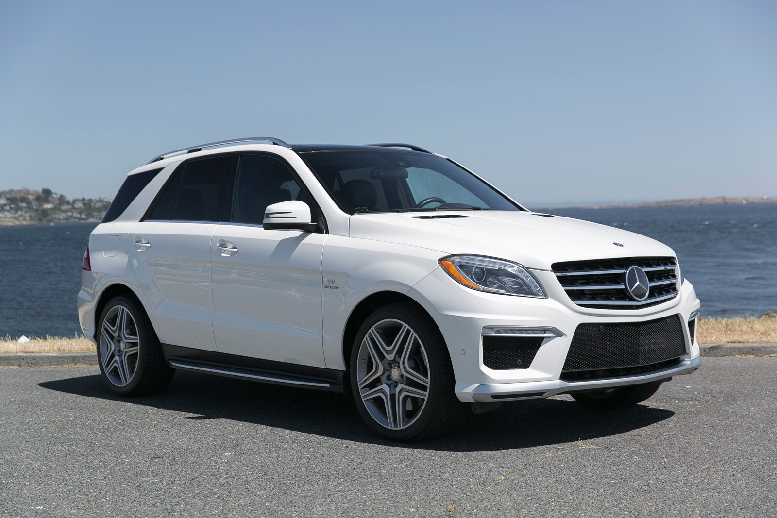 2013 mercedes benz ml63 amg silver arrow cars ltd for Mercedes benz ml 63 amg