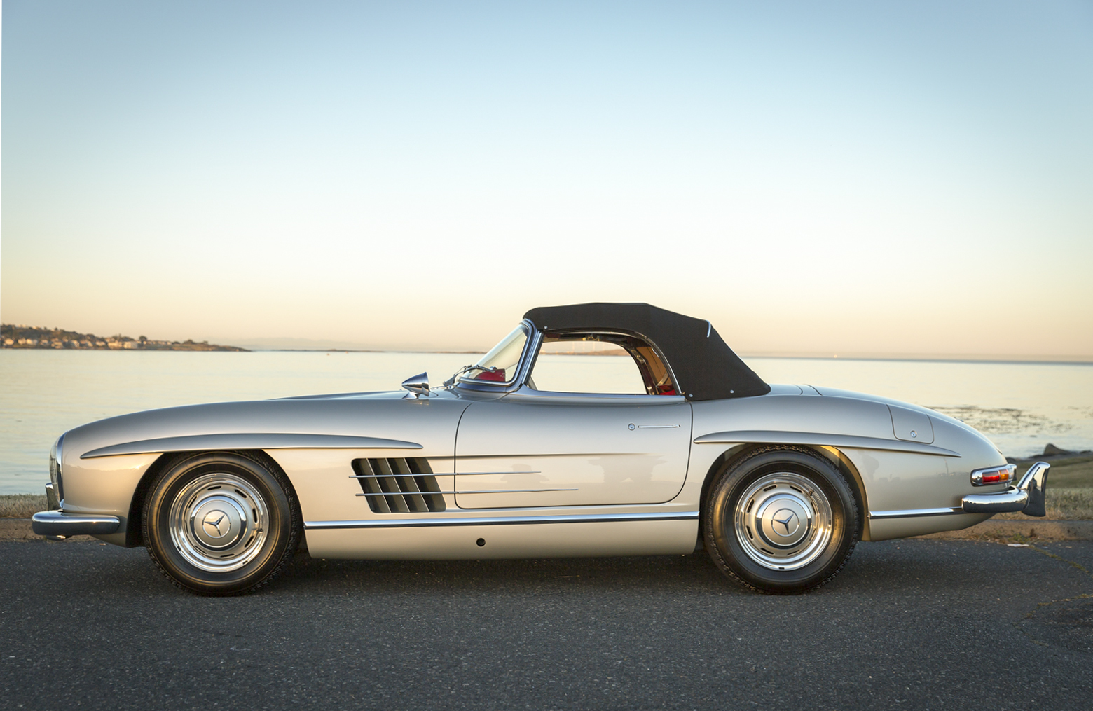1958 mercedes benz 300sl roadster silver arrow cars ltd for Mercedes benz silver