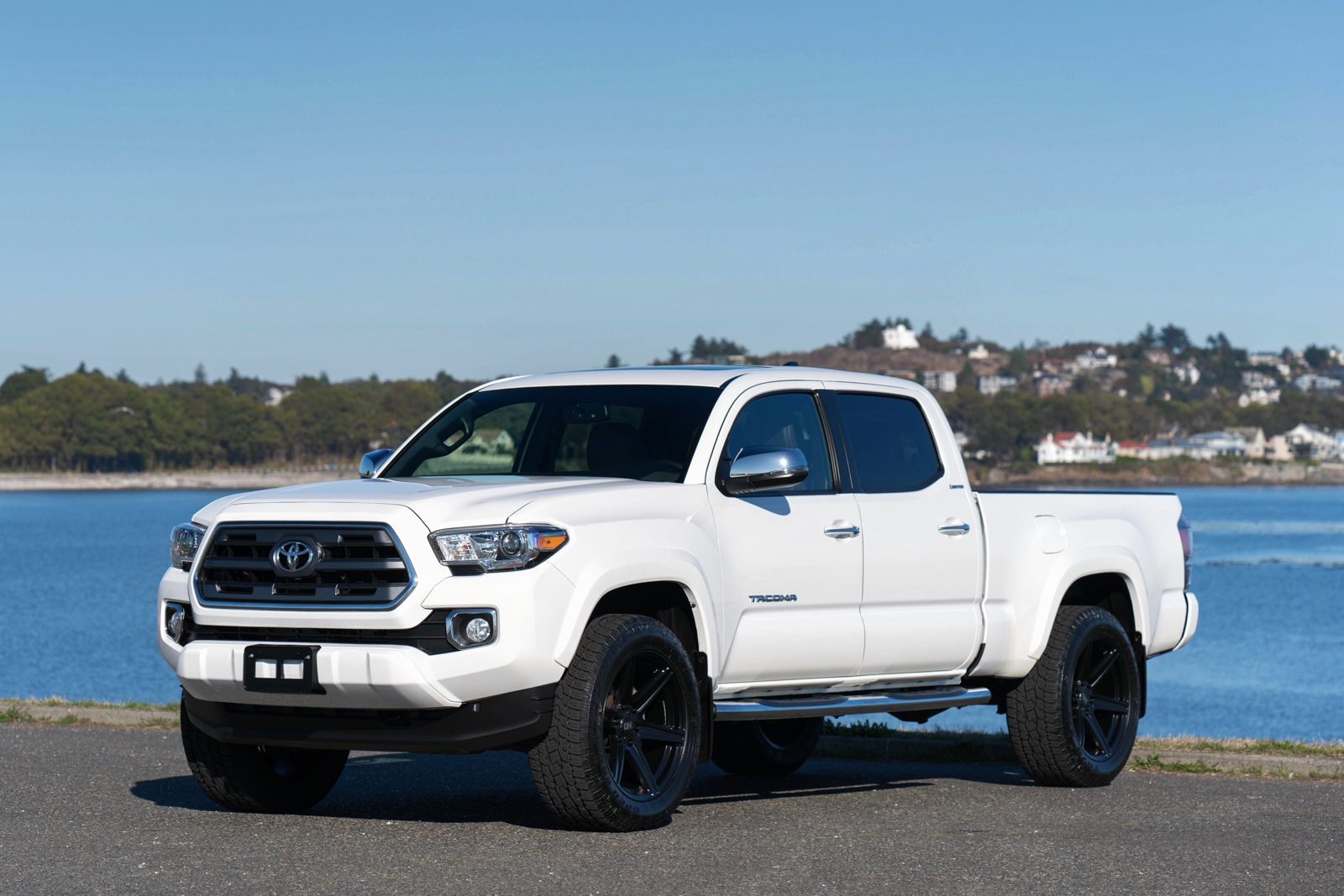 2016 Toyota Tacoma Limited 4x4 For