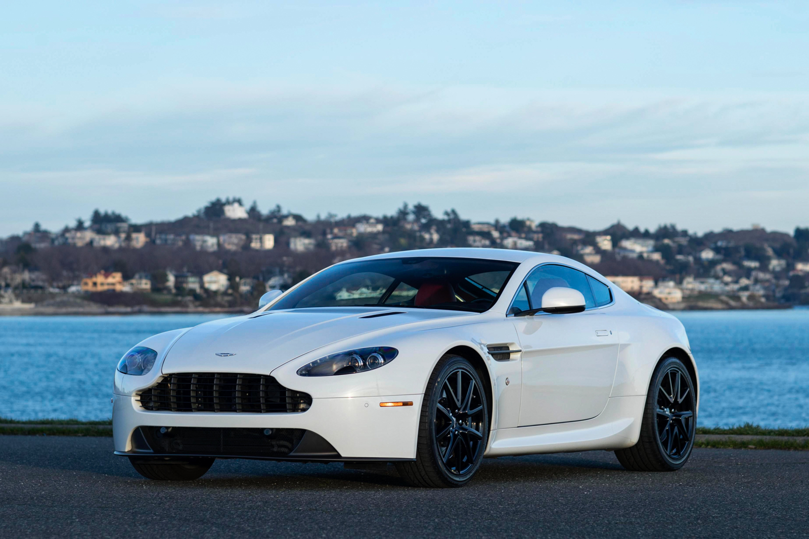 2013 Aston Martin V8 Vantage Sportshift for sale