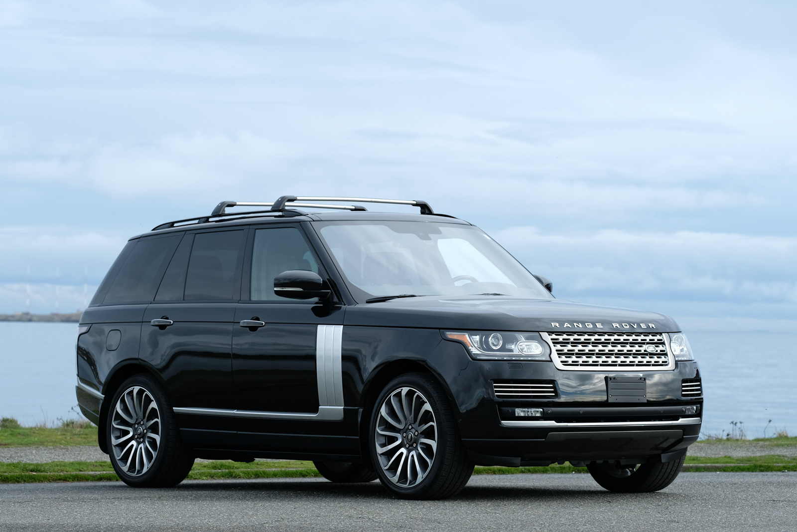 2014 range rover autobiography sc silver arrow cars ltd. Black Bedroom Furniture Sets. Home Design Ideas