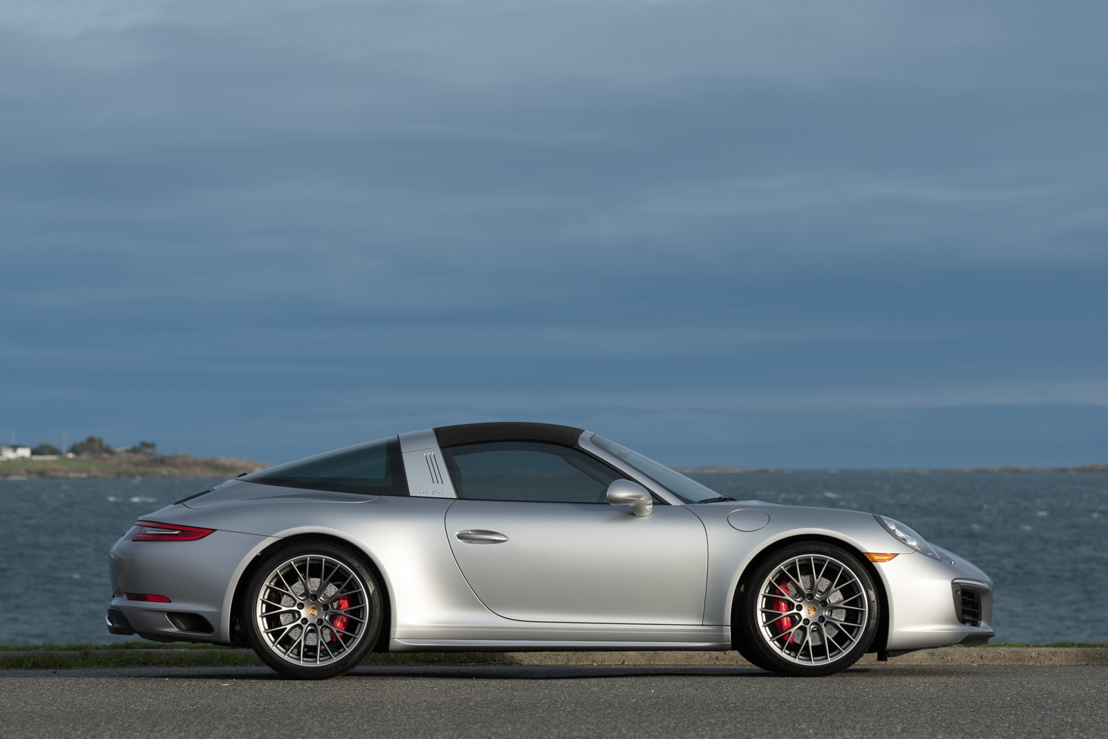 2017 Porsche 911 Targa 4S - Silver Arrow Cars Ltd.