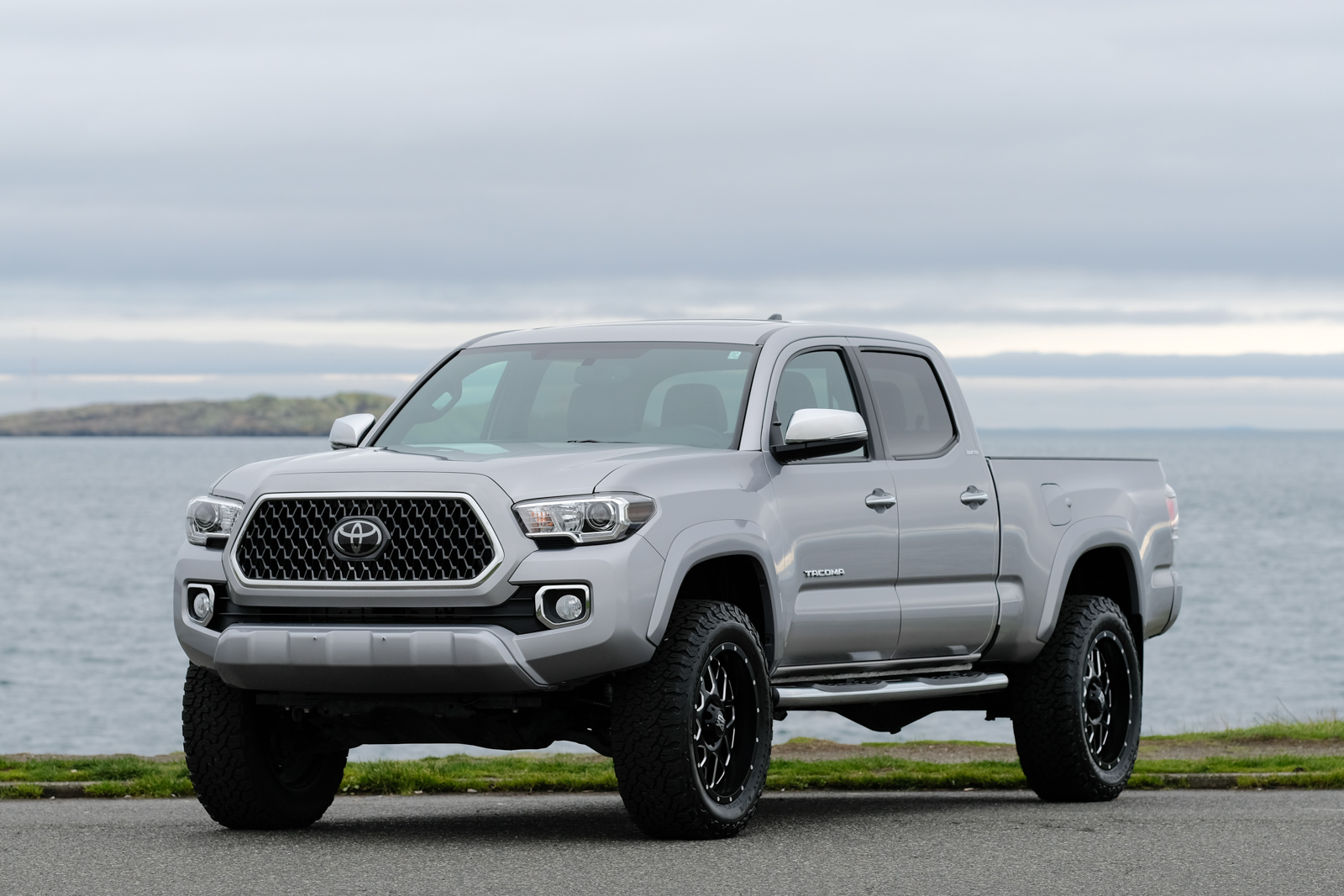 2017 Tacoma Trd Sport Price >> Silver Arrow Cars Ltd. | Premium Auto-Dealership & Broker | Victoria, BC