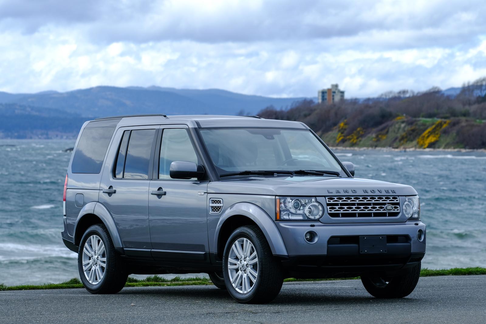 2012 land rover lr4 v8 silver arrow cars ltd. Black Bedroom Furniture Sets. Home Design Ideas