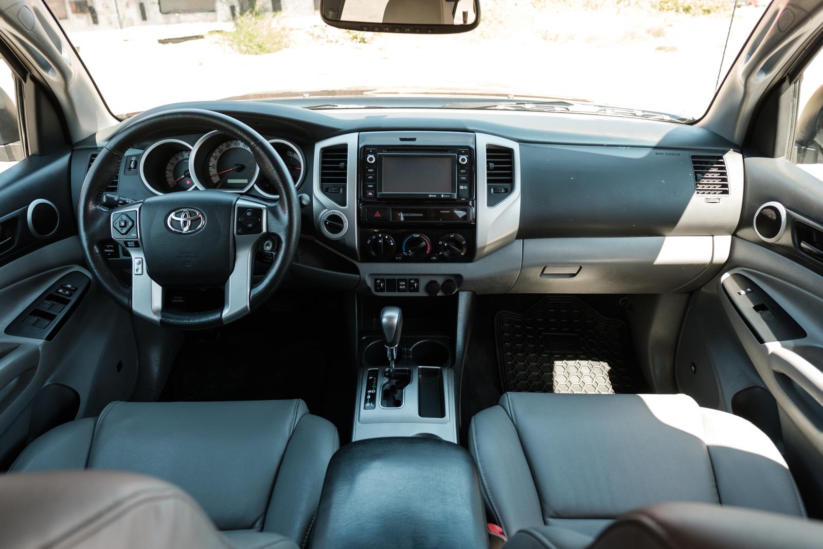 2001 Toyota Tacoma For Sale >> 2015 Toyota Tacoma 4x4 Limited - Silver Arrow Cars Ltd.