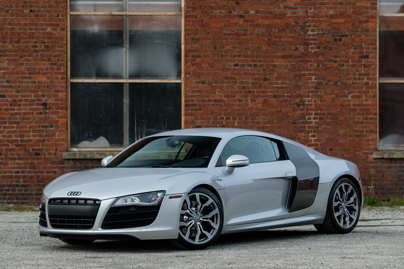 2010 Audi R8 V10 Coupe Silver Arrow Cars Ltd