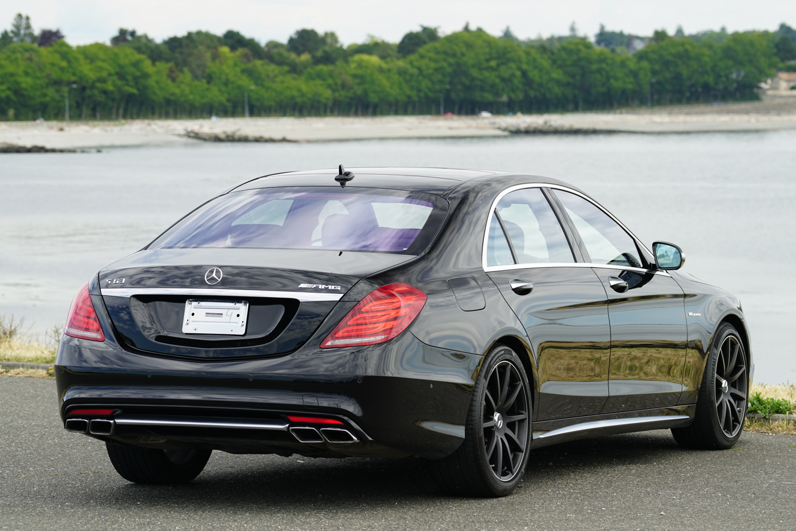 2015 mercedes benz s63 amg for sale silver arrow cars ltd for Mercedes benz for sales
