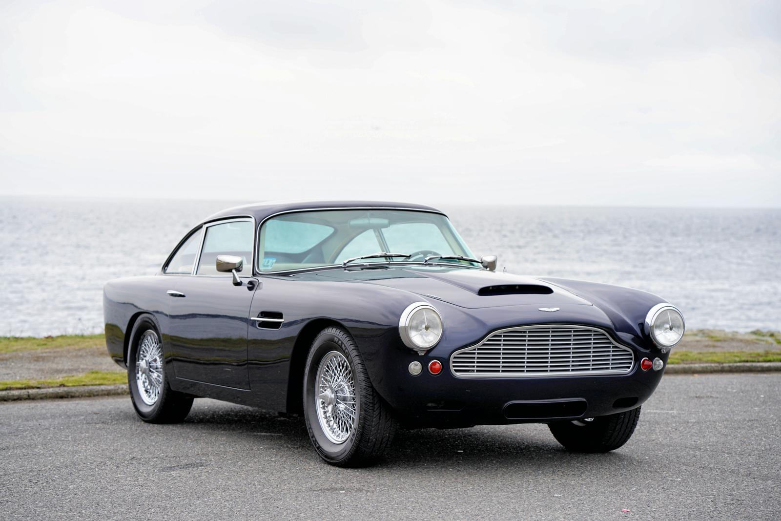 1962 Aston Martin DB4 Series IV - Silver Arrow Cars Ltd.