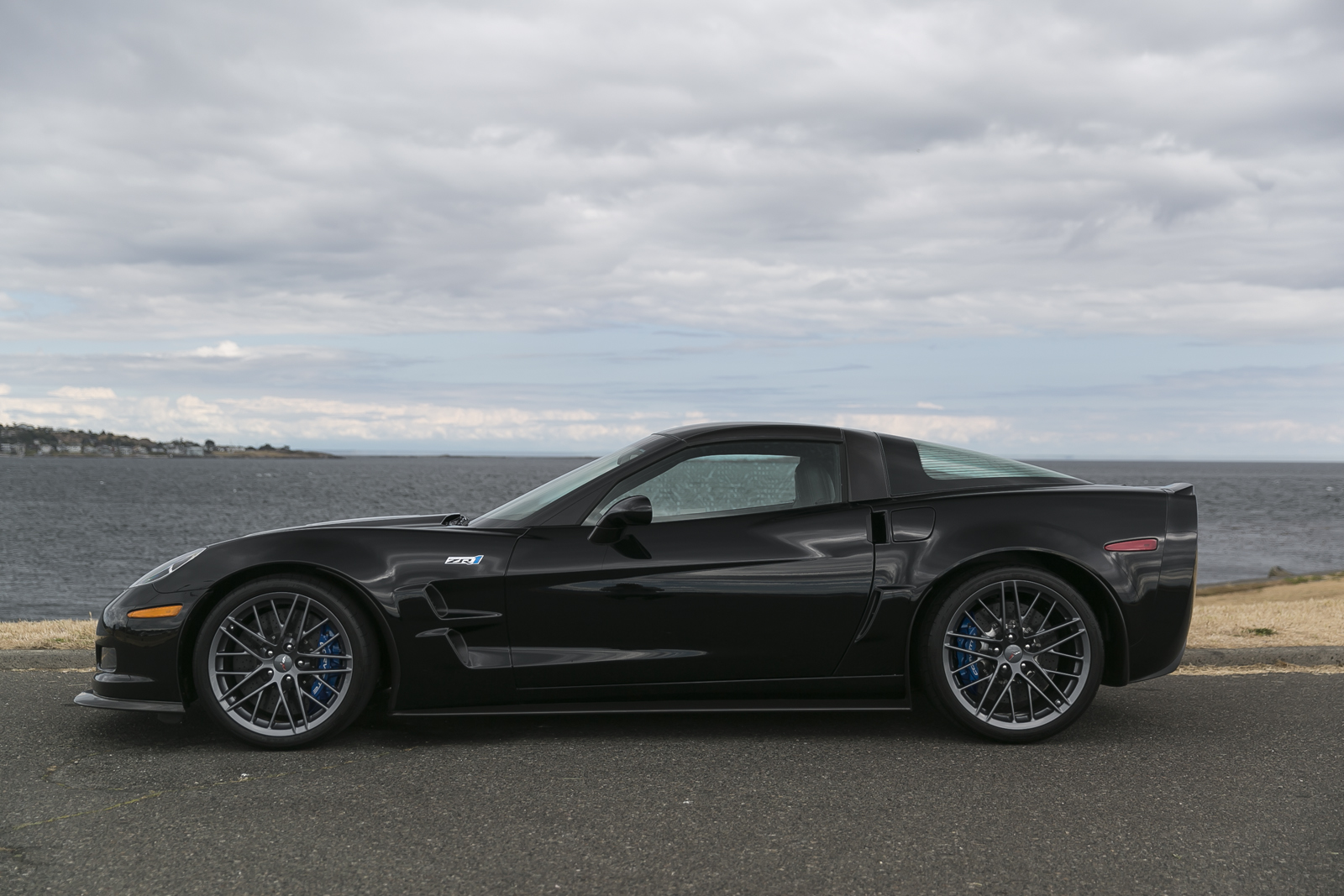 C6 Z06 Corvette For Sale >> 2011 Chevrolet Corvette ZR1 C6 - Silver Arrow Cars Ltd.